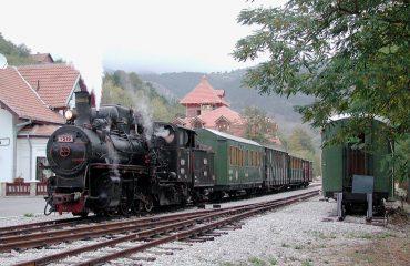 sargan8-train-servia