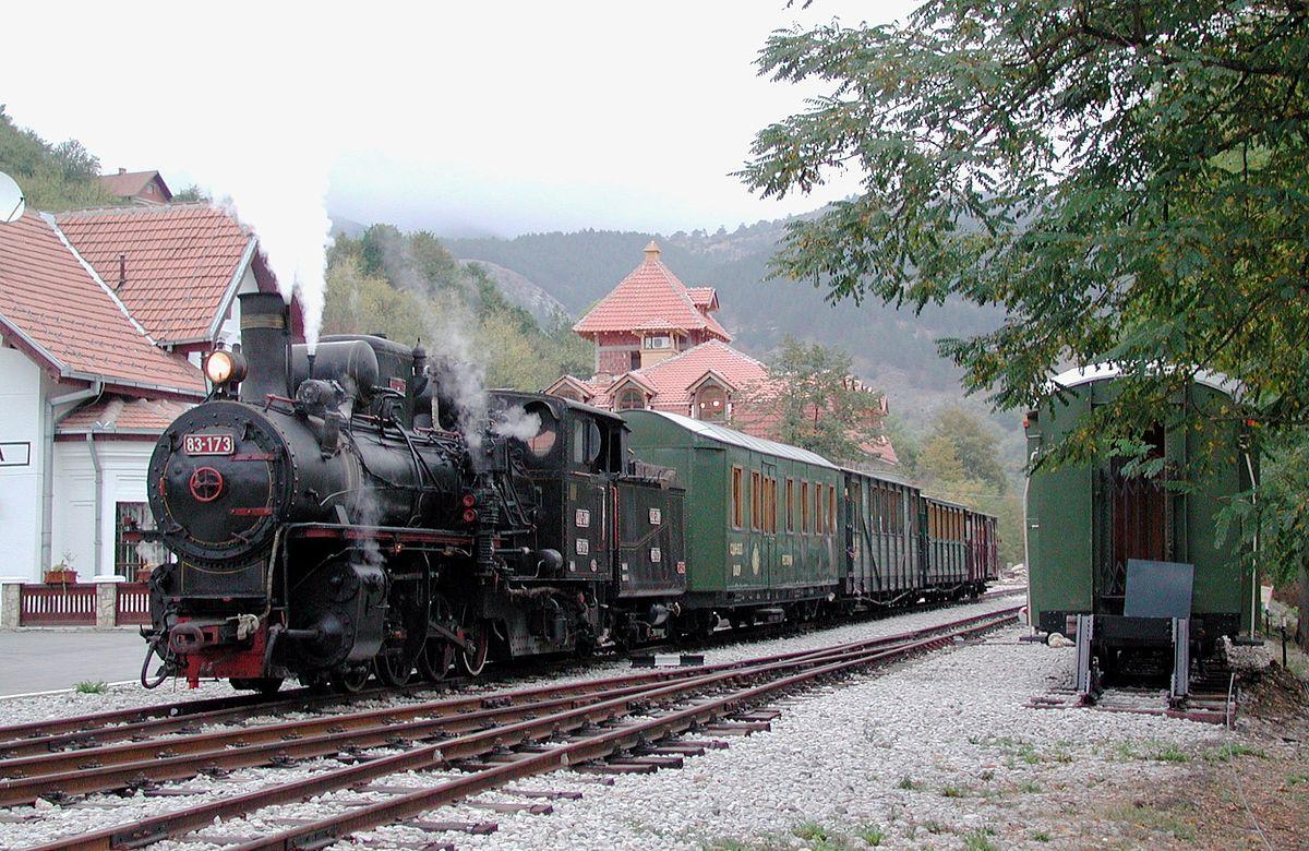 Sargan Eight - Τραίνο