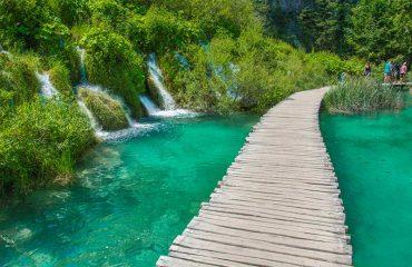 Μονοπάτι στις Plitvice